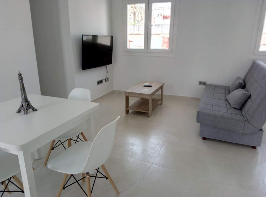 Apartment -                                       Tarifa -                                       2 bedrooms -                                       5 persons