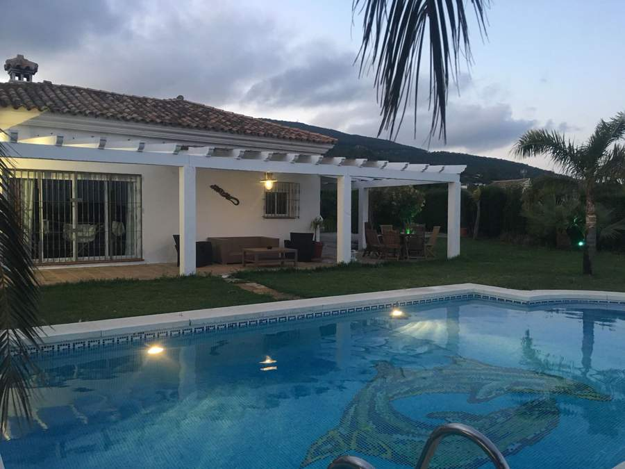 Chalet -                                       Tarifa -                                       2 bedrooms -                                       4 persons