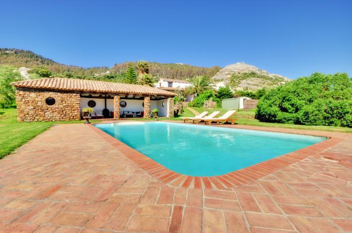 Villa -                                       Tarifa -                                       4 bedrooms -                                       8 persons