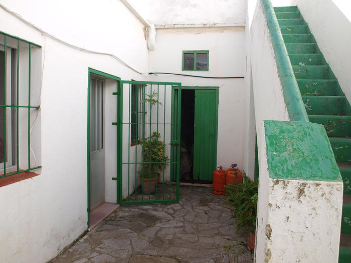 House -                                       Tarifa -                                       5 bedrooms -                                       0 persons